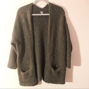 Aerie Oversized Olive Green Sweater Cardigan M